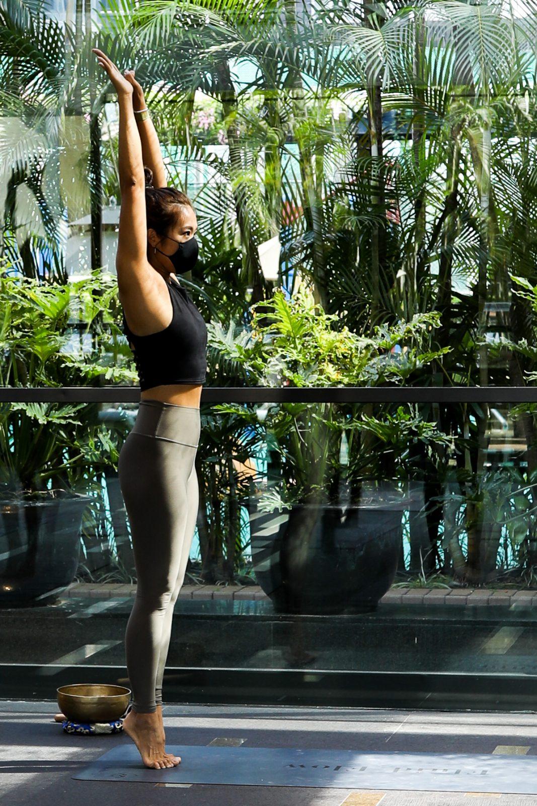 stelle mak yoga instructor